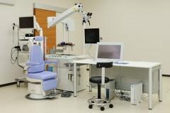 診察室電子カルテ・内視鏡などを揃えました。迅速で的確な診断・治療を心がけています。