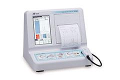 インピーダンスオージオメータ主に鼓膜の動きを見て滲出性中耳炎の程度を見るための検査です。子供の滲出性中耳炎の経過を見るときに使われる検査機器です。 その他、難聴をはじめ、顔面神経麻痺などのときにもこの検査機器を用います。